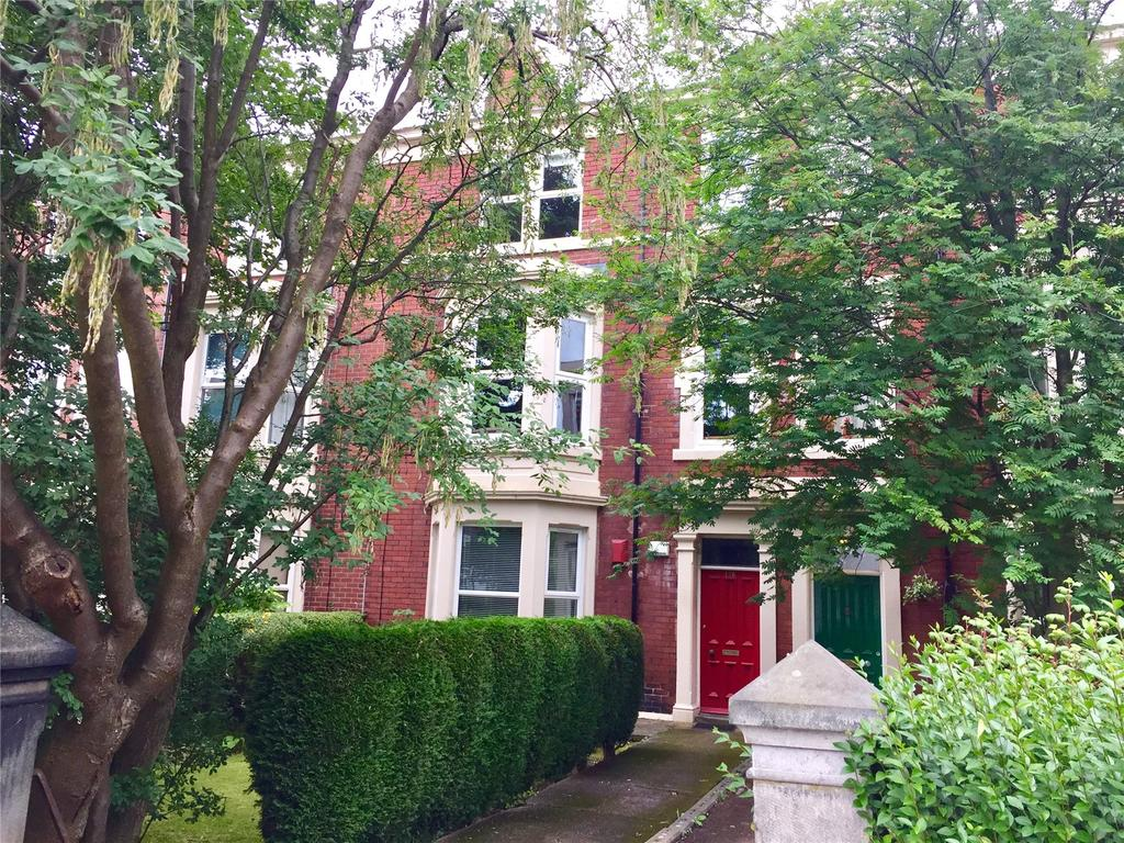 2 Bedrooms Apartment Flat for sale in Top Floor, St Georges Terrace, Jesmond, Newcastle Upon Tyne, Tyne And Wear