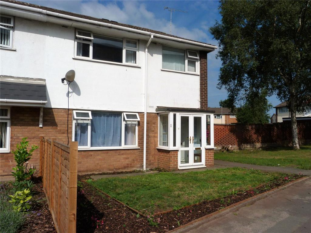 3 Bedrooms Semi Detached House for sale in Brookhouse Drive, Crewe, Cheshire, CW2
