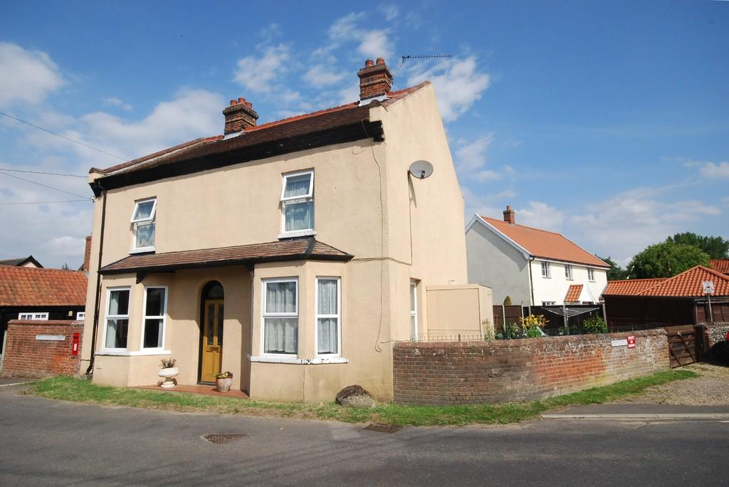 3 Bedrooms Detached House for sale in White Hart Street, East Harling, Norfolk