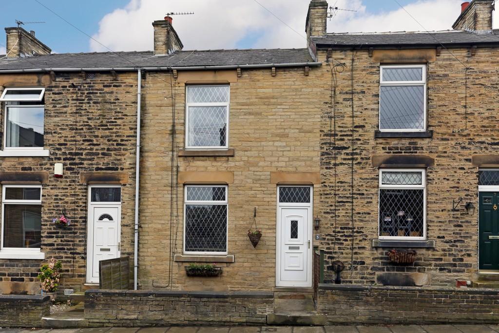 2 Bedrooms Terraced House for sale in Lionel Street, Ossett
