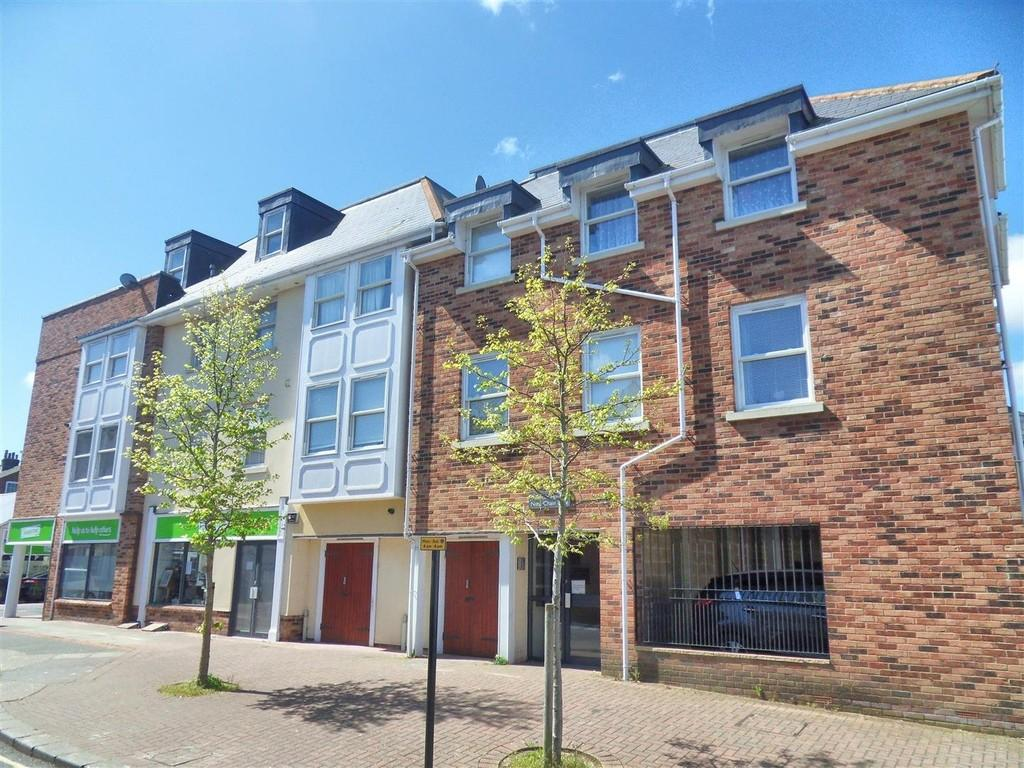 2 Bedrooms Flat for sale in Chain Lane, Newport