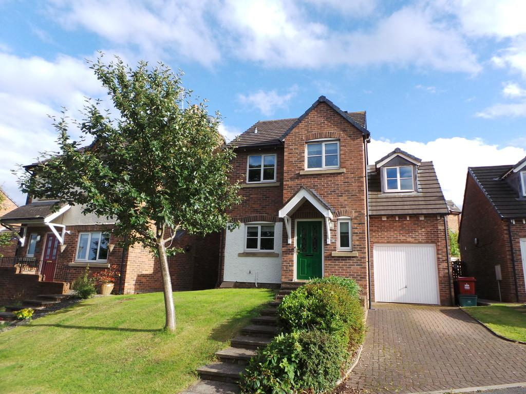 4 Bedrooms Detached House for sale in Stoneham Close, Barrow-in-Furness LA13 0SX