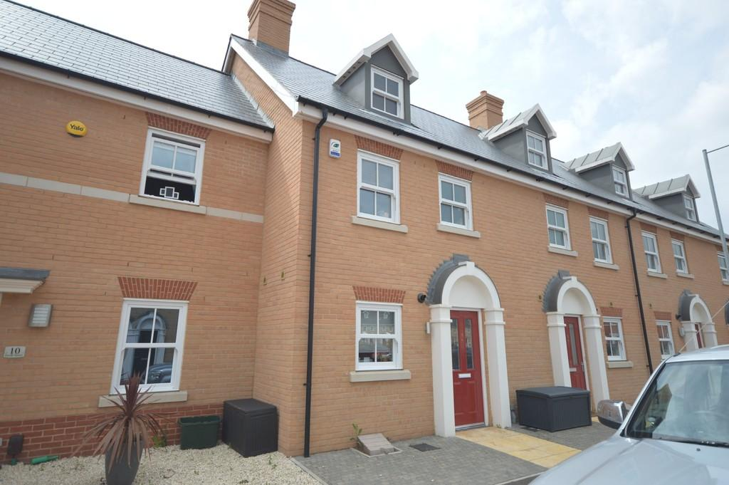 3 Bedrooms Town House for sale in Parade Square, Colchester