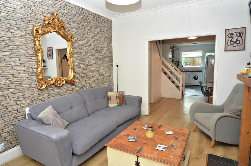 2 Bedrooms Cottage House for sale in 5 Rutland Terrace, College Street