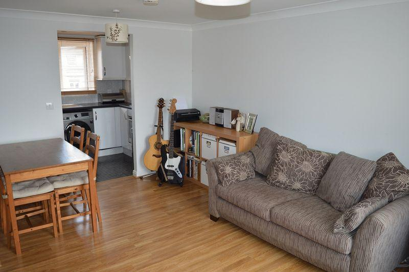 1 Bedroom Apartment Flat for sale in Retort Close, Southend-On-Sea