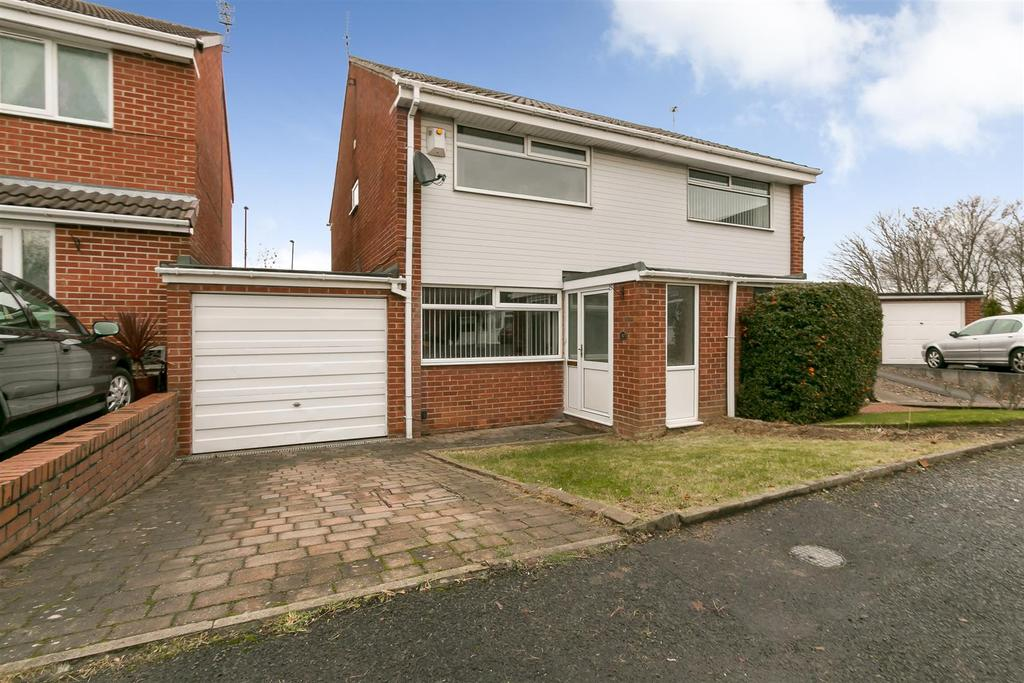 2 Bedrooms Semi Detached House for sale in Launceston Close, Newcastle Upon Tyne