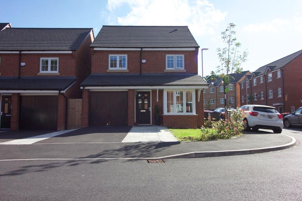 4 Bedrooms Detached House for sale in Racecourse Way