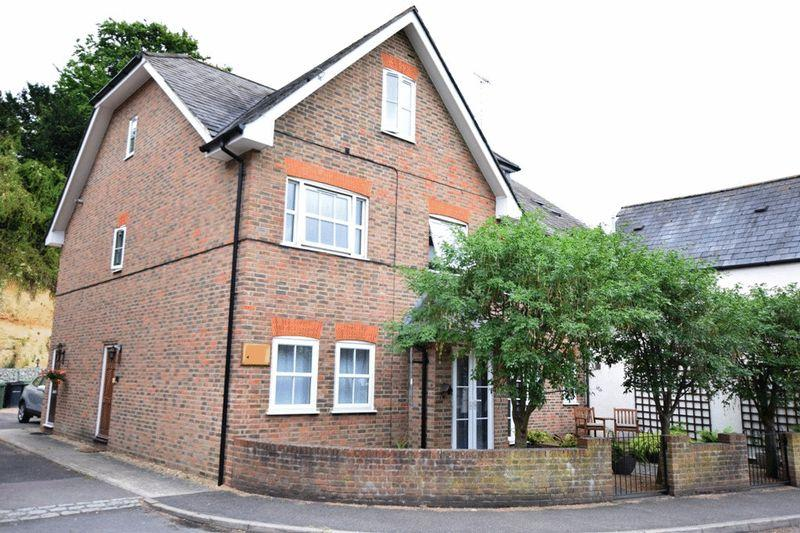 1 Bedroom Apartment Flat for sale in Chestnut Place , Thurnham lane Bearsted