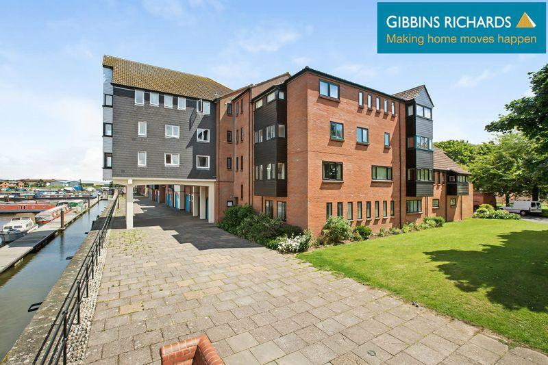 2 Bedrooms Flat for sale in Quayside, Bridgwater