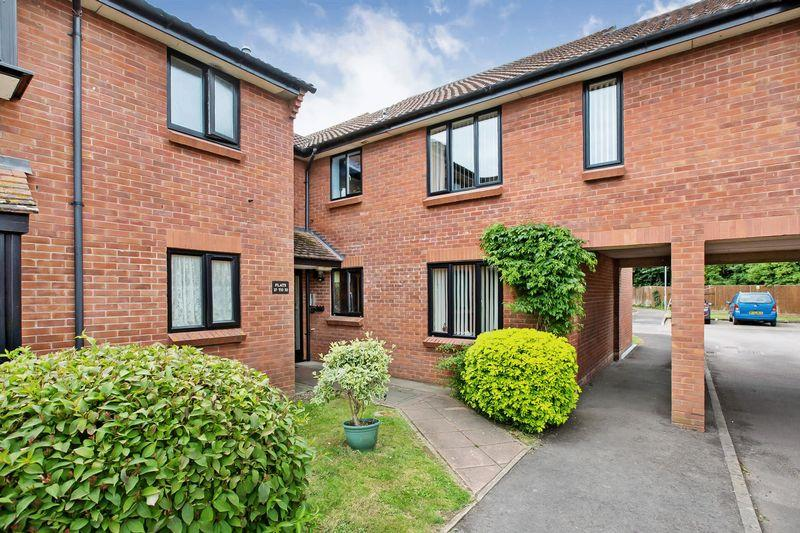 1 Bedroom Flat for sale in Anson Way, Bridgwater