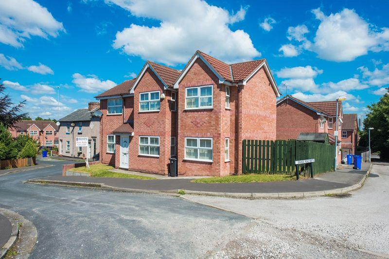 4 Bedrooms Detached House for sale in Vahler Terrace, Runcorn