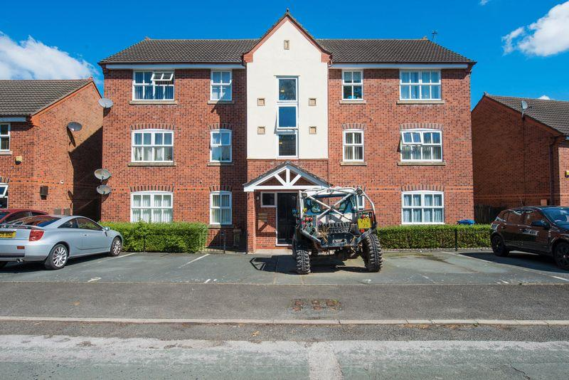 2 Bedrooms Apartment Flat for sale in Old Quay Street, Runcorn