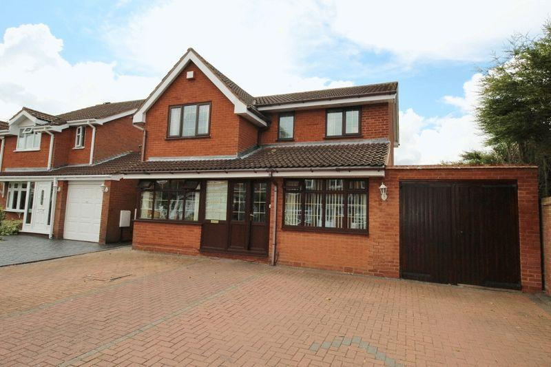 4 Bedrooms Detached House for sale in Linnet Grove, Coppice Farm, Willenhall
