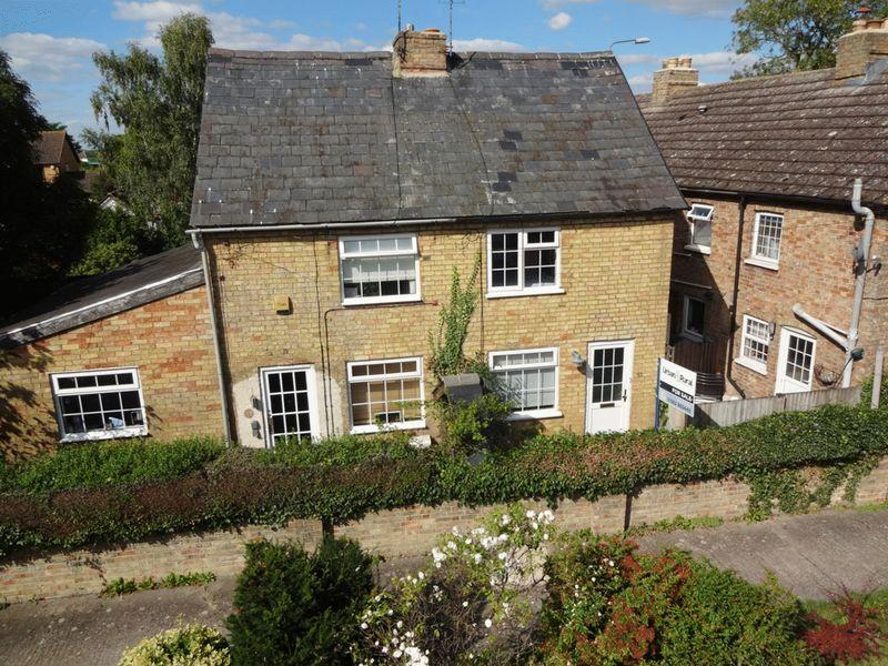 1 Bedroom Cottage House for sale in Barton-le-Clay