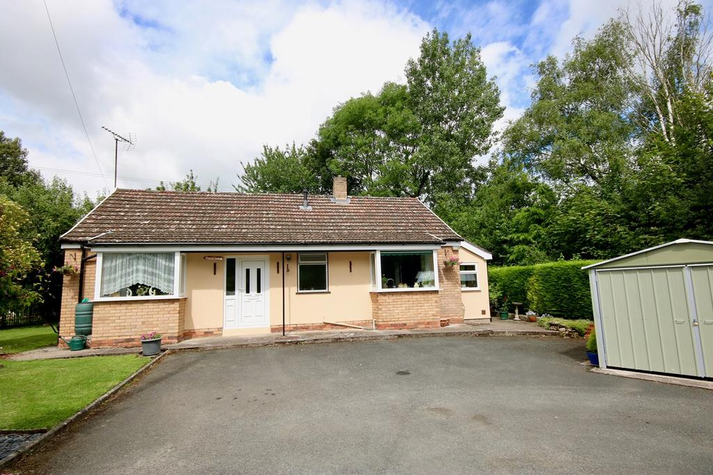3 Bedrooms Detached Bungalow for sale in Ledgemoor, Weobley, Hereford, HR4