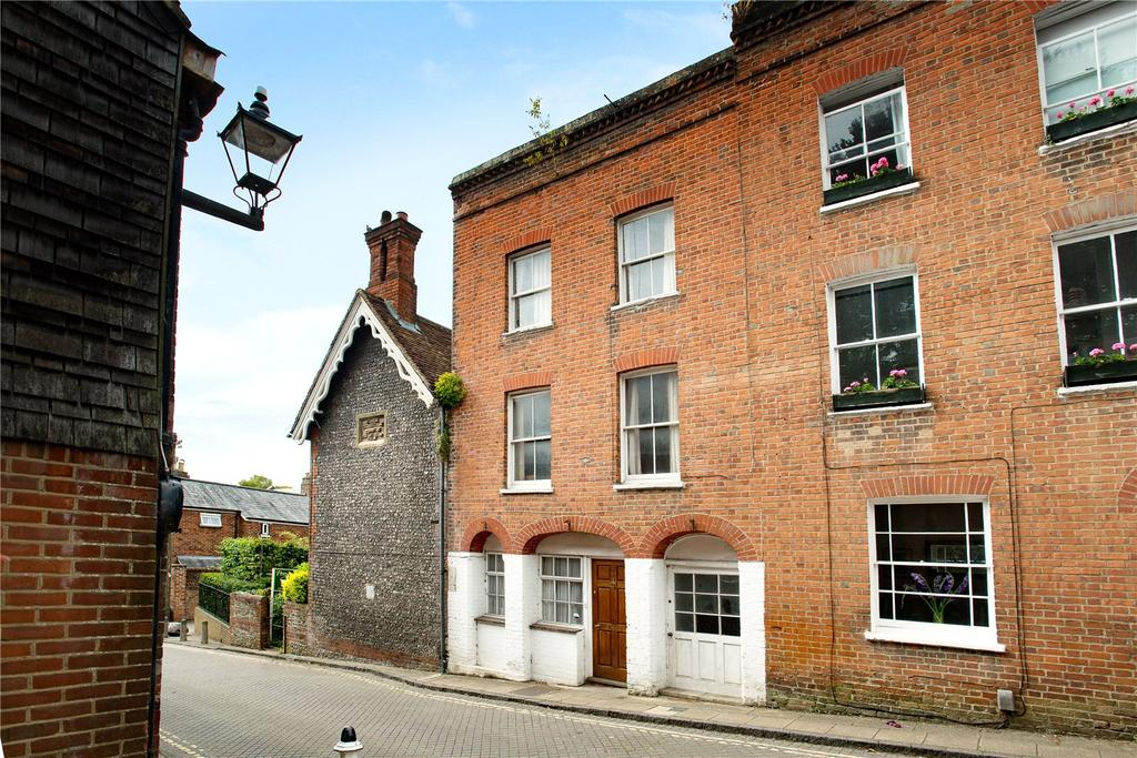 3 Bedrooms Terraced House for sale in Winchester, Hampshire, SO23
