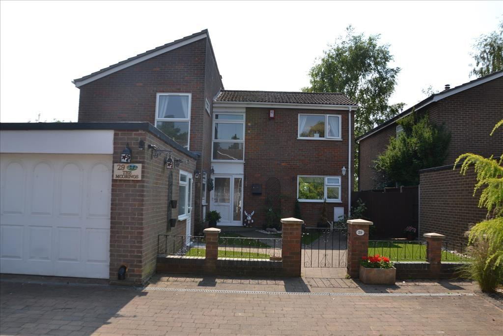 3 Bedrooms Detached House for sale in Ivel Gardens, Biggleswade, SG18