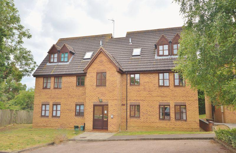 2 Bedrooms Apartment Flat for sale in Gander Close, Weldon