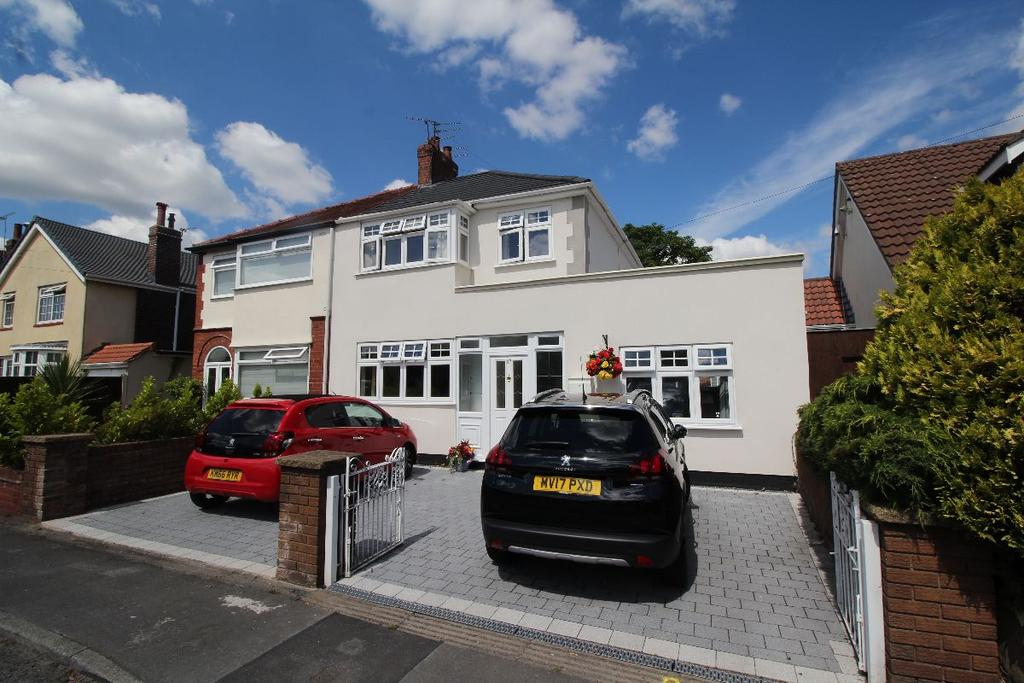 3 Bedrooms Semi Detached House for sale in Foxhouse Lane