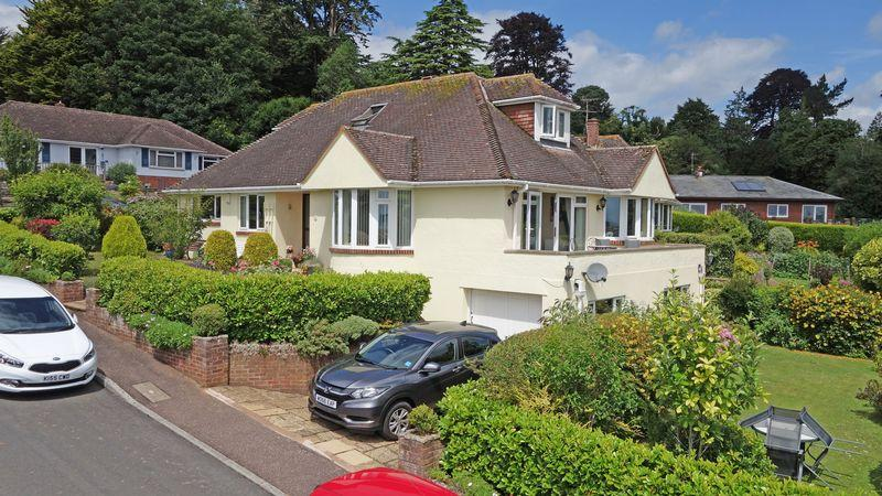 4 Bedrooms Detached Bungalow for sale in Glebelands, Sidmouth