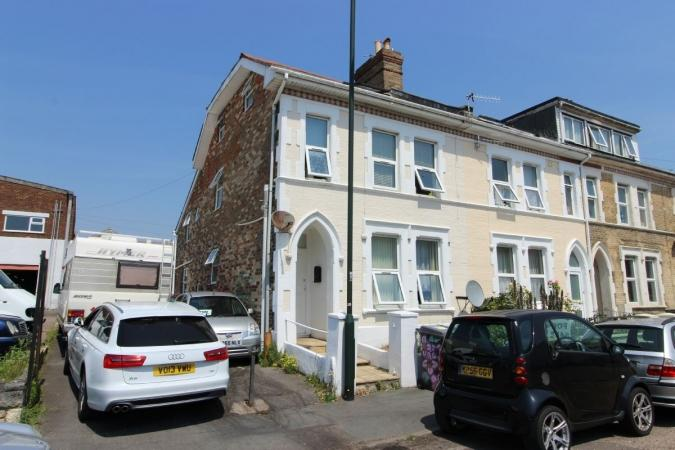 6 Bedrooms End Of Terrace House for sale in Southcote Road , Boscombe