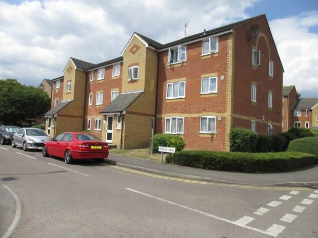1 Bedroom Flat for sale in Burket Close, Southall, UB2