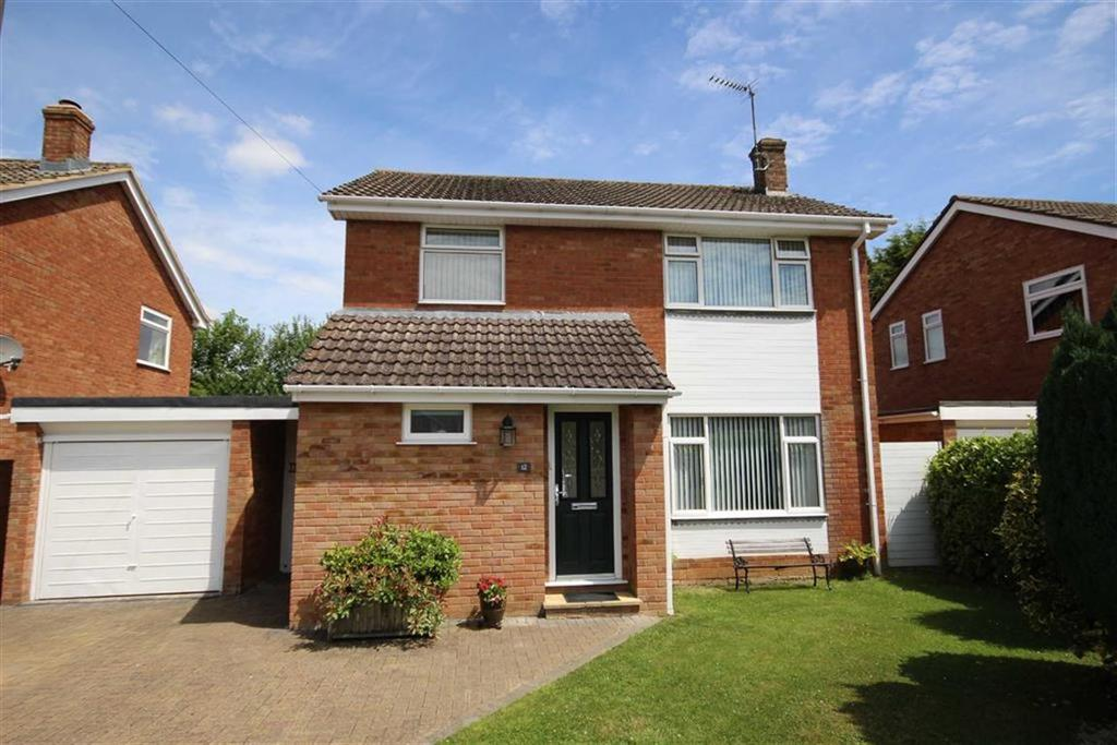 3 Bedrooms Detached House for sale in Vineries Close, Leckhampton, Cheltenham, GL53