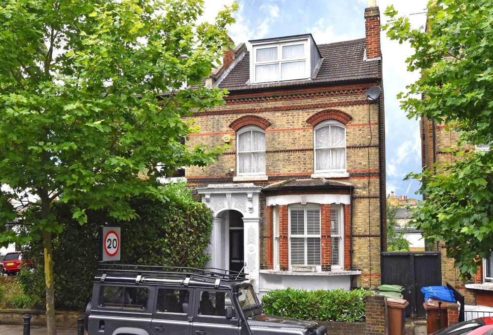 3 Bedrooms Ground Flat for sale in Lordship Lane