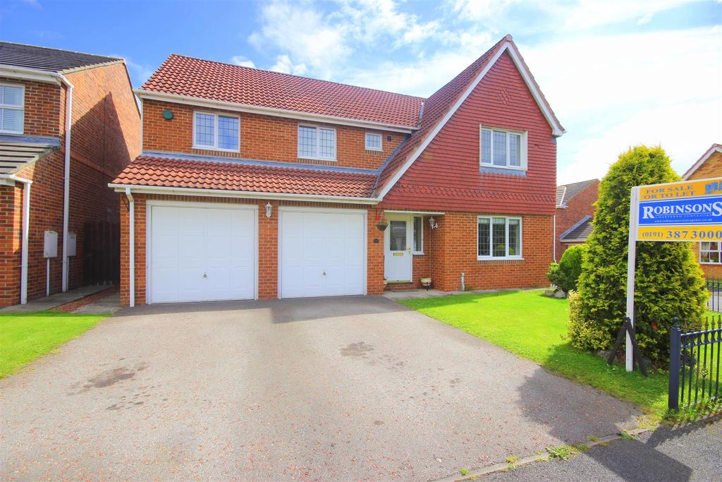 4 Bedrooms Detached House for sale in Dunstanburgh Court, Woodstone Village, Houghton Le Spring