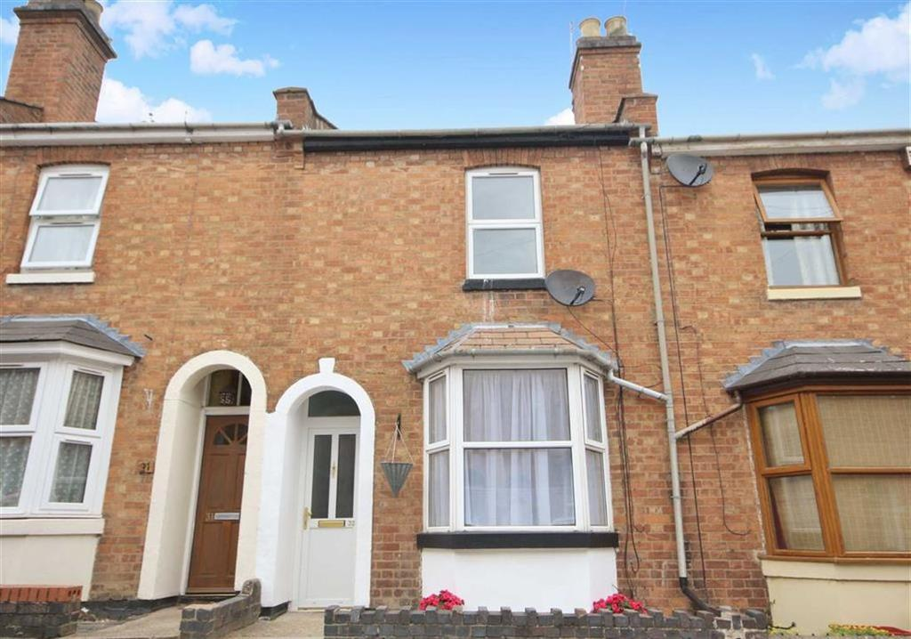 2 Bedrooms Terraced House for sale in St Georges Road, Leamington Spa, Warwickshire, CV31