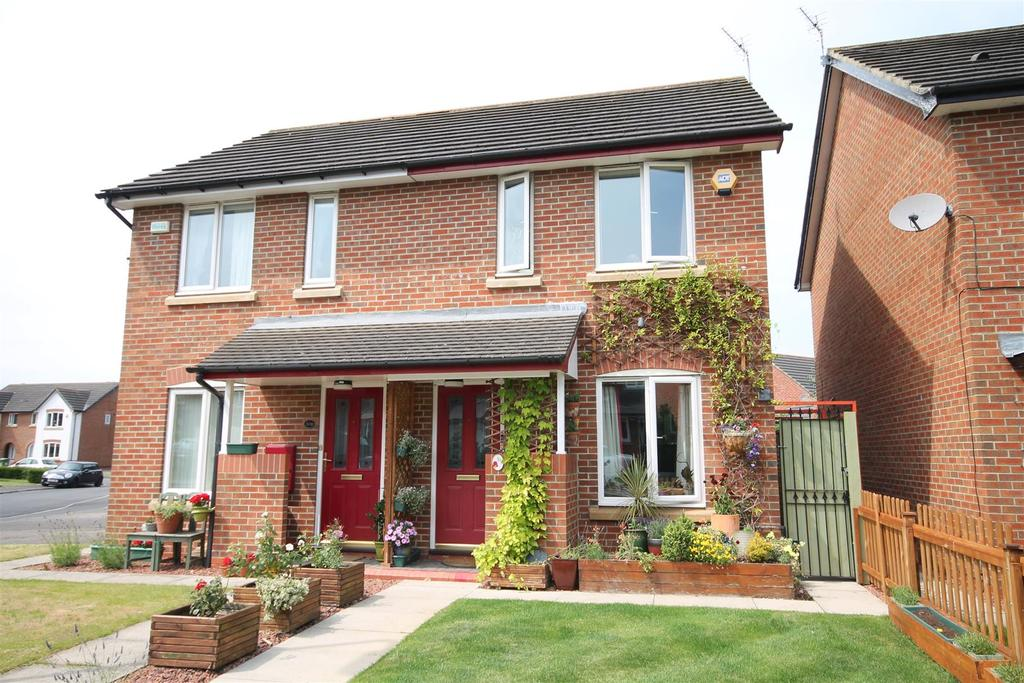 2 Bedrooms House for sale in Nevern Crescent, Ingleby Barwick, Stockton-On-Tees