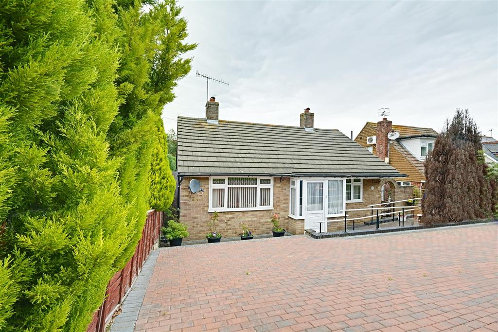 2 Bedrooms Detached Bungalow for sale in Seabourne Road, Bexhill-On-Sea