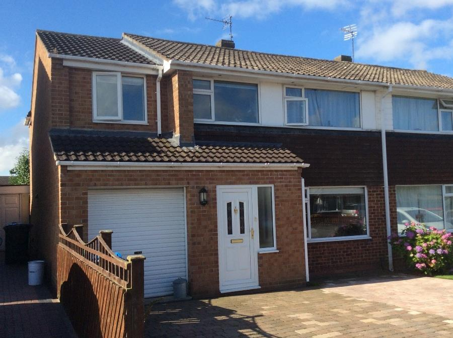 4 Bedrooms Semi Detached House for sale in Normanby Road, Northallerton