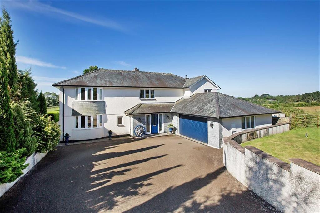 4 Bedrooms Detached House for sale in Church Lane, St Mellion, Cornwall, PL12