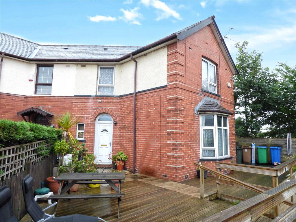 2 Bedrooms Semi Detached House for sale in Albert Royds Street, Rochdale, Lancashire, OL16