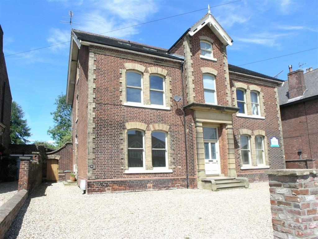4 Bedrooms Semi Detached House for sale in Beverley Road, Driffield