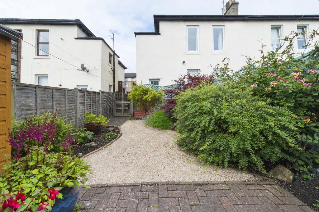 2 Bedrooms Flat for sale in 115 Stonelaw Road, Rutherglen, Glasgow, G73 3EE