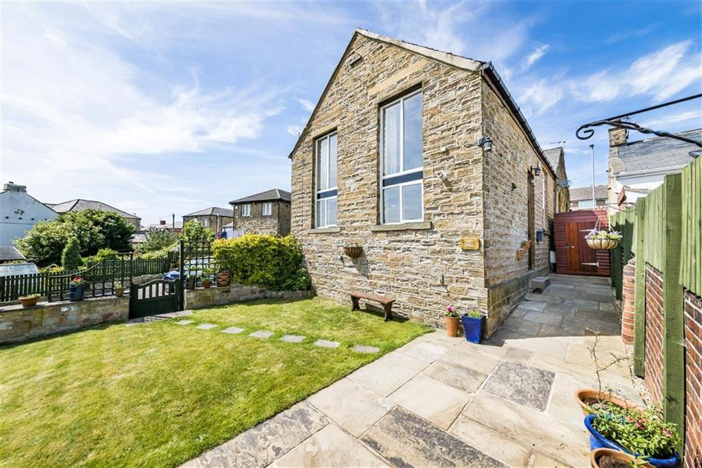 3 Bedrooms Semi Detached House for sale in Barnsley Road, Flockton, WF4