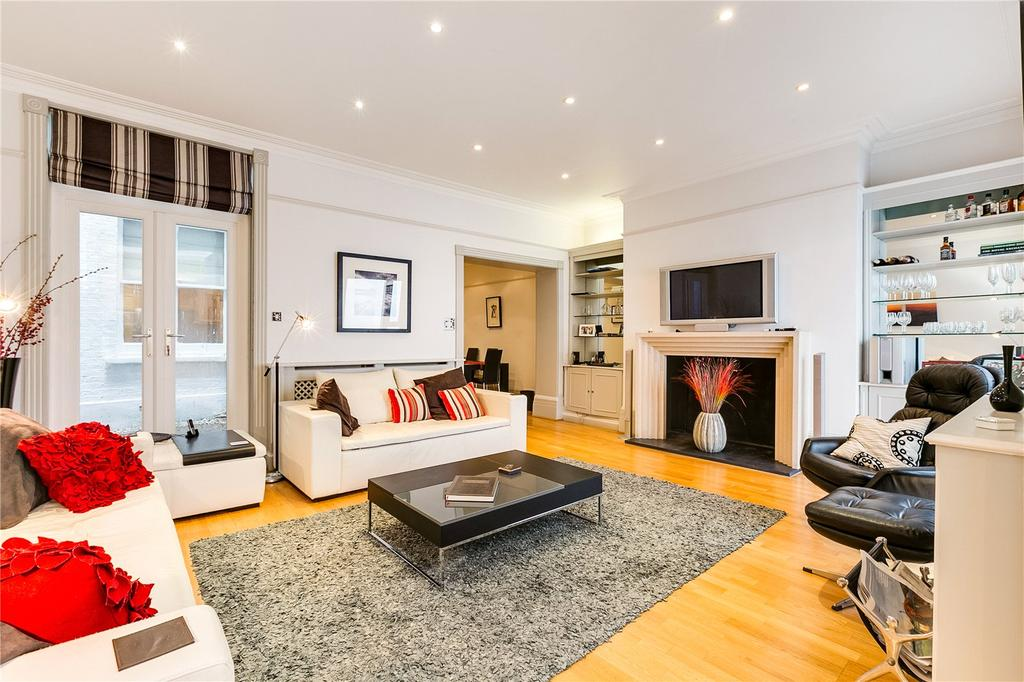 2 Bedrooms Flat for sale in Redcliffe Square, Chelsea