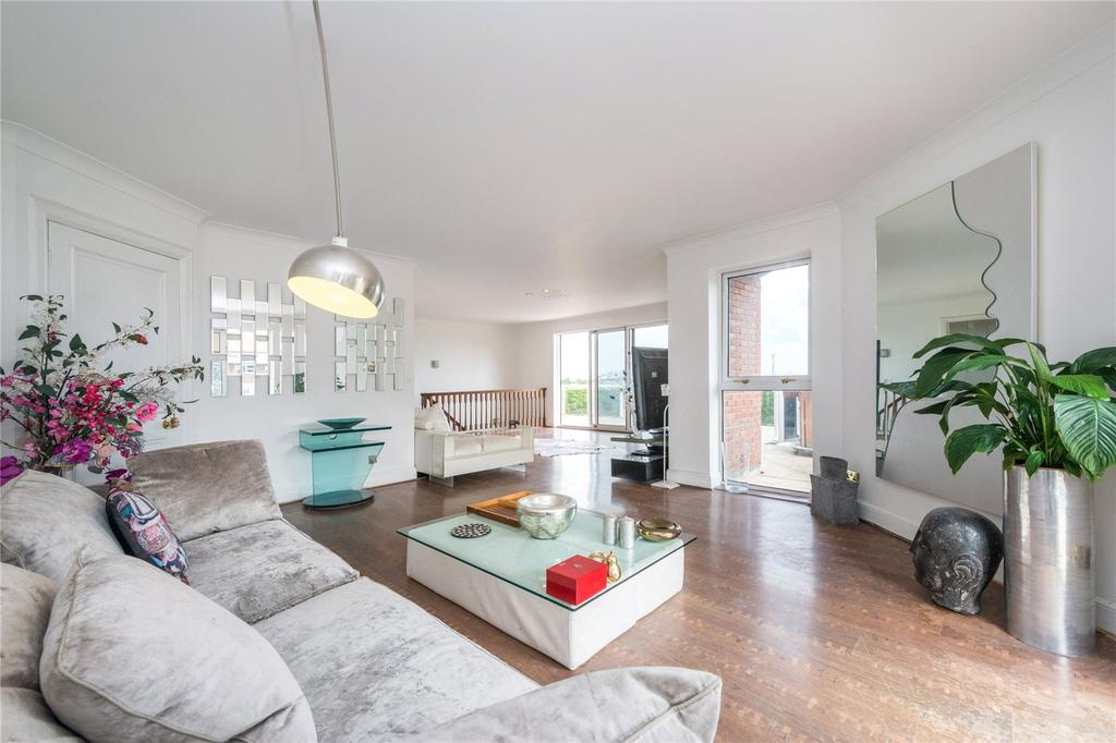 4 Bedrooms Flat for sale in The Polygon, Avenue Road, London