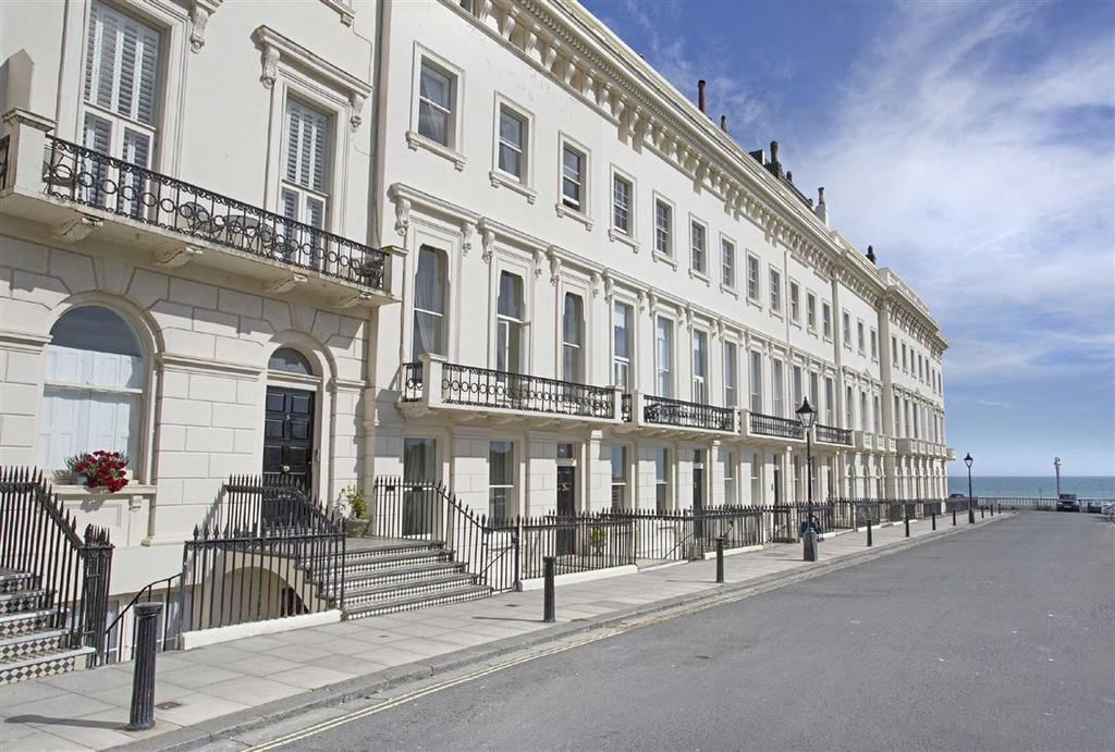 2 Bedrooms Flat for sale in Adelaide Crescent, Hove, East Sussex