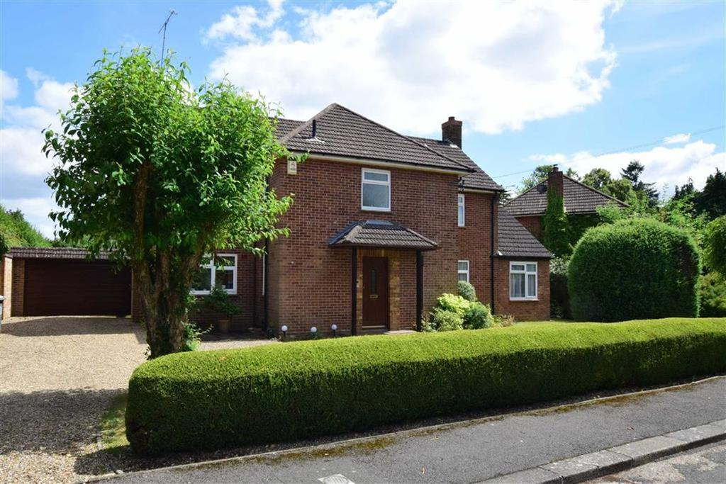 4 Bedrooms Detached House for sale in Balliol Road, Caversham Heights, Reading