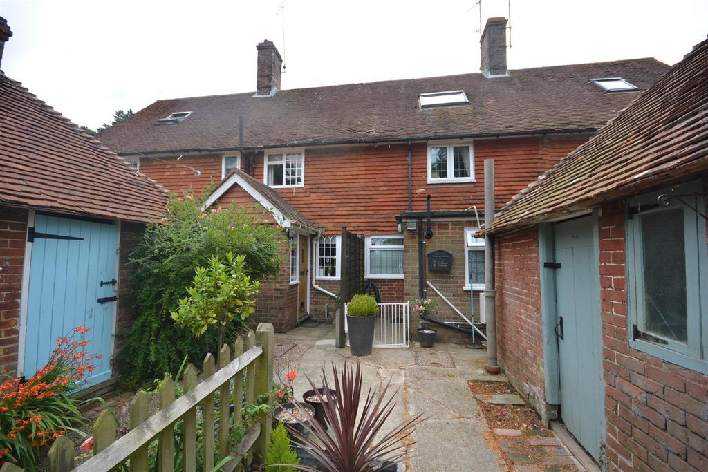 4 Bedrooms House for sale in Compasses Lane, Staplecross