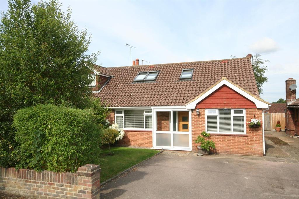 3 Bedrooms Semi Detached Bungalow for sale in Wood Lane, Small Dole, Henfield
