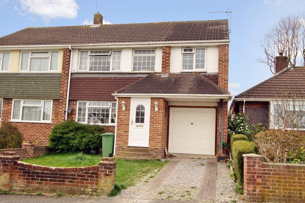 4 Bedrooms Semi Detached House for sale in Sherwood Avenue, Hedge End SO30