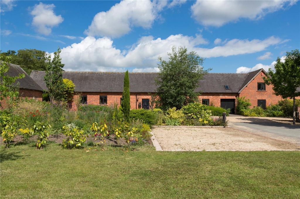 4 Bedrooms Unique Property for sale in Cherrington Manor Court, Cherrington, Newport, Shropshire, TF10