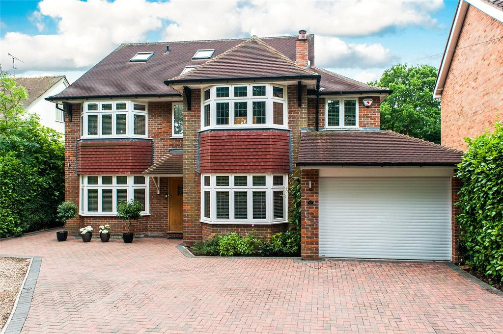 5 Bedrooms Detached House for sale in Roundwood Lane, Harpenden, Hertfordshire, AL5