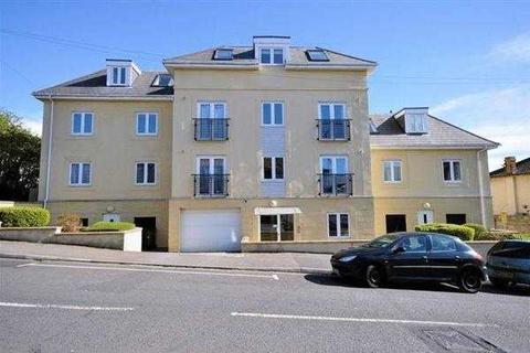 Studio to rent - Studio Apartment to rent in St George