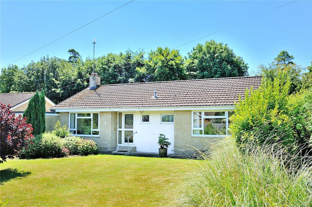 3 Bedrooms Detached Bungalow for sale in New Cross, Longburton, Sherborne, Dorset