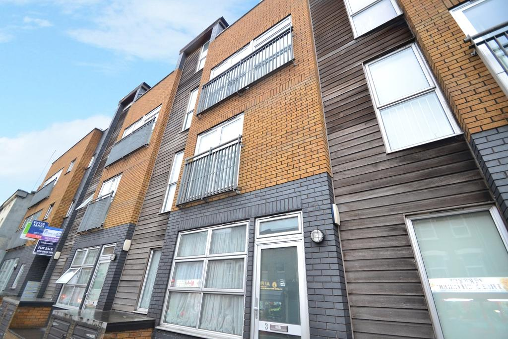 2 Bedrooms Maisonette Flat for sale in Loampit Hill London SE13